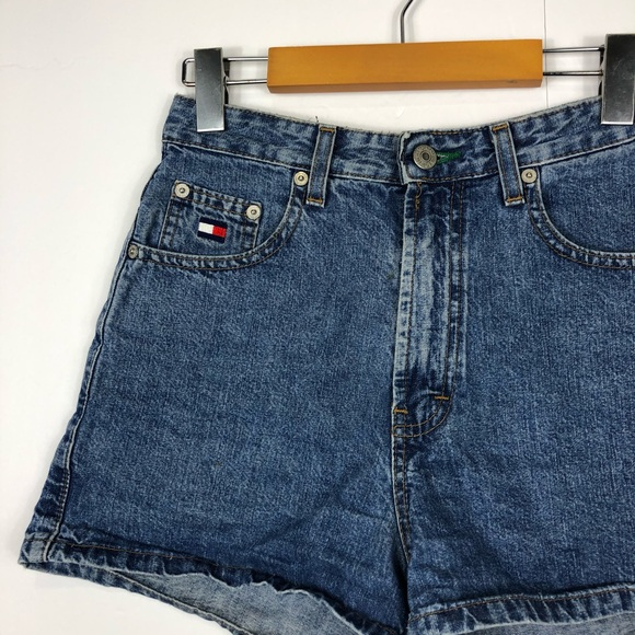 Tommy Hilfiger Pants - Vintage Tommy Hilfiger high waisted shorts Sz 4